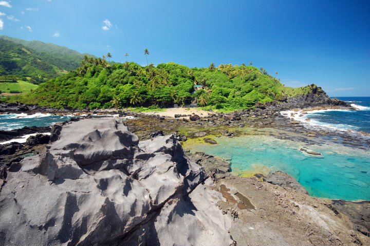 Owia Salt Pond